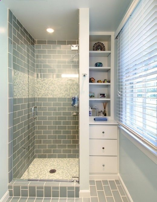 Fresh tiny bathroom with storage