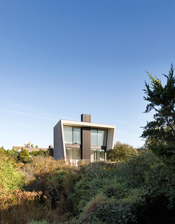 Tiny Two Story Beach House With Geometric Design