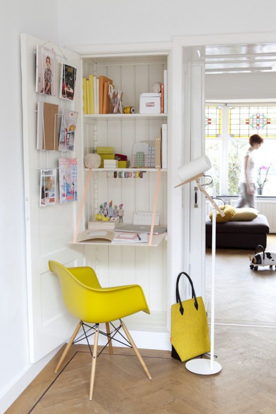 33 tiny yet functional home office designs digsdigs for Small office area