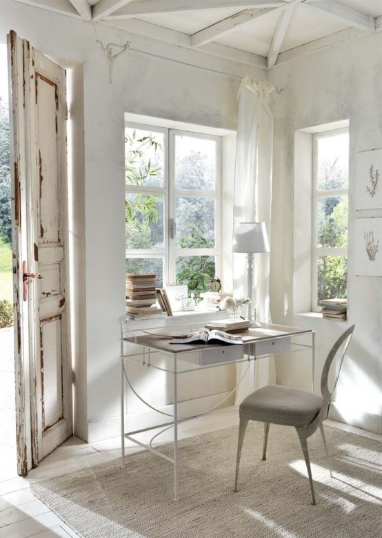 33 Tiny Yet Functional Home Office Designs - DigsDigs