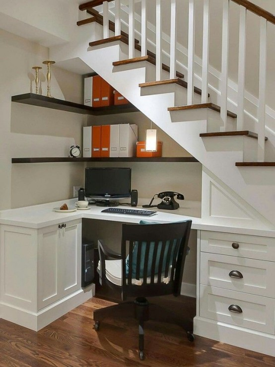 33 tiny yet functional home office designs digsdigs for Office area design
