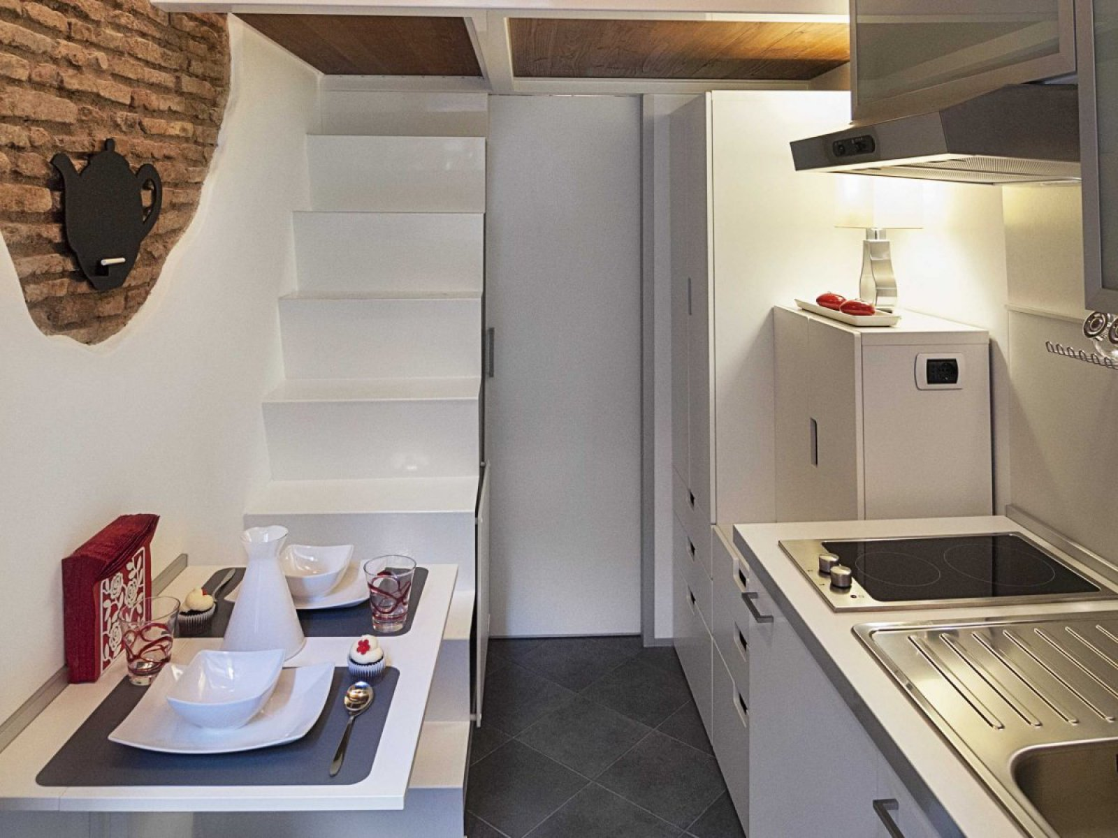 Picture Of tiny yet stylish rome apartment of 7 square meters  1