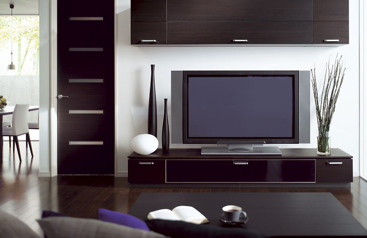 Combine kitchen and living room with cuisia by toto digsdigs - Small tv for kitchen wall ...