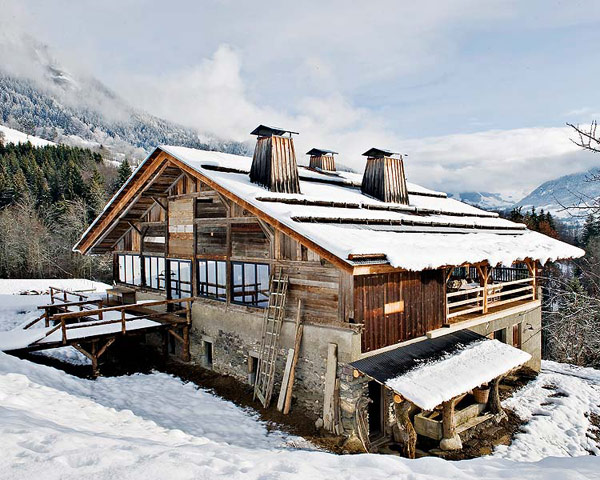 Traditional alps chalet with a colorful interior digsdigs for French chalet house plans