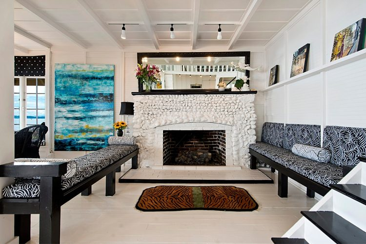 Traditional And Cozy Island Beach Cottage