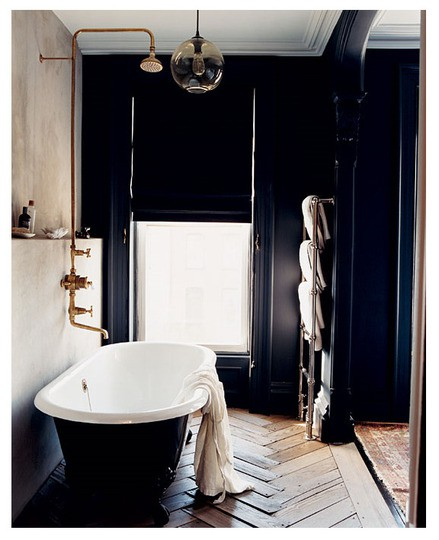 23 traditional black and white bathrooms to inspire digsdigs - Black and white bathrooms pictures ...