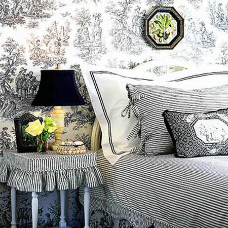 Traditional Black And White Bedroom