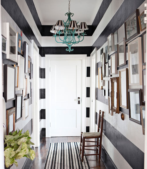 10 traditional black and white hallways