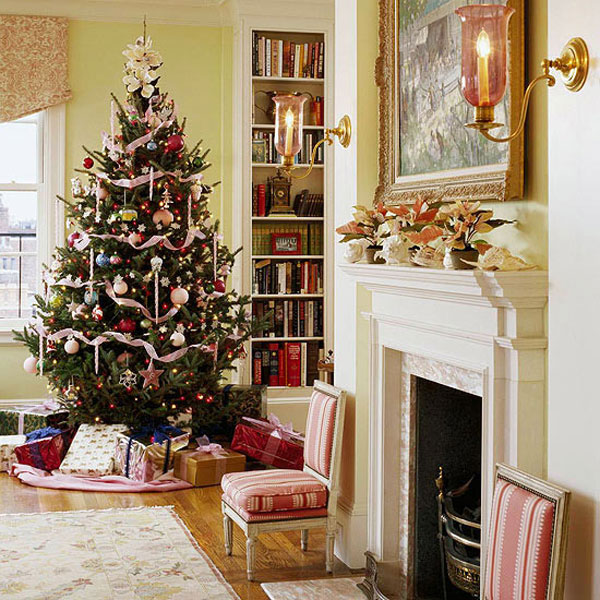 40 traditional christmas decorations digsdigs. Black Bedroom Furniture Sets. Home Design Ideas