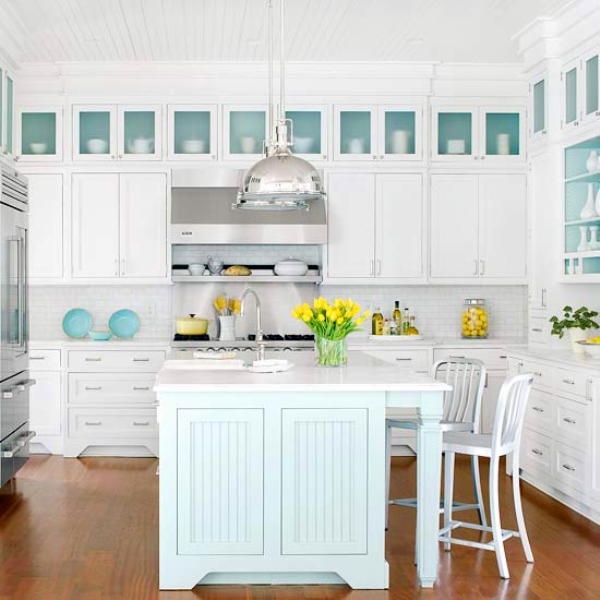 picture of traditional coastal style kitchen design