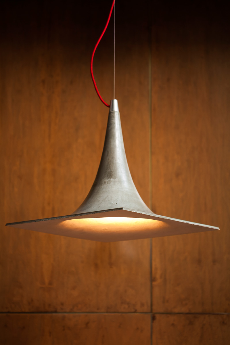 Trendy And Eye-Catching Geometric Inconcrete Lamp