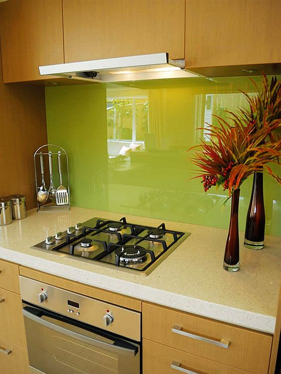 28 Trendy Minimalist Solid Glass Kitchen Backsplashes ...