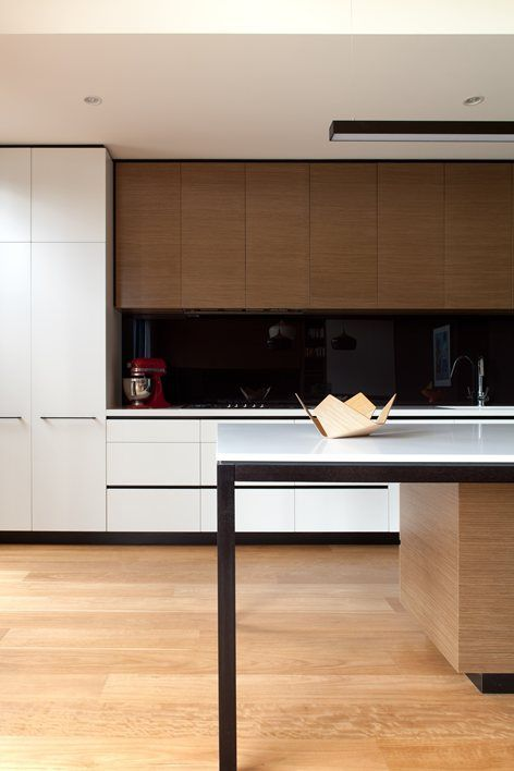 Picture Of trendy minimalist solid glass kitchen backsplashes  16