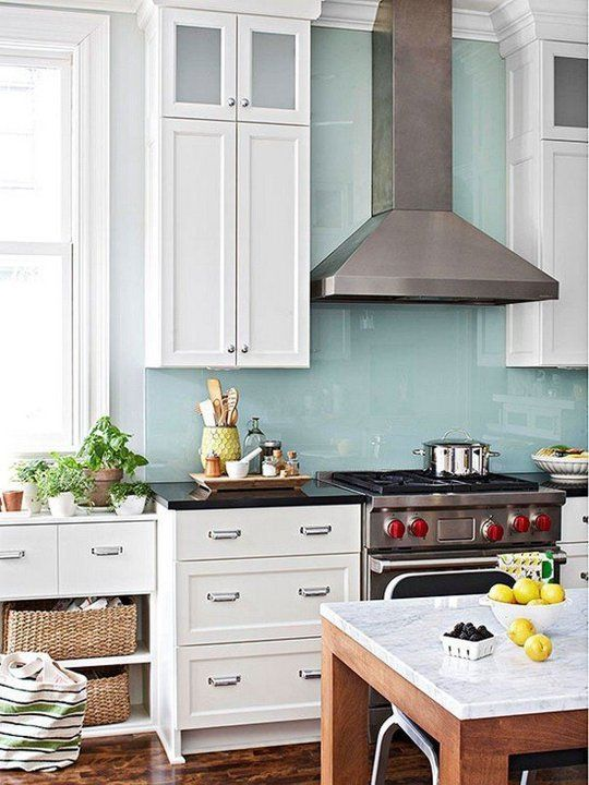 minimalist wooden kitchen unit with colorful mosaic backsplash | 28 Trendy Minimalist Solid Glass Kitchen Backsplashes ...