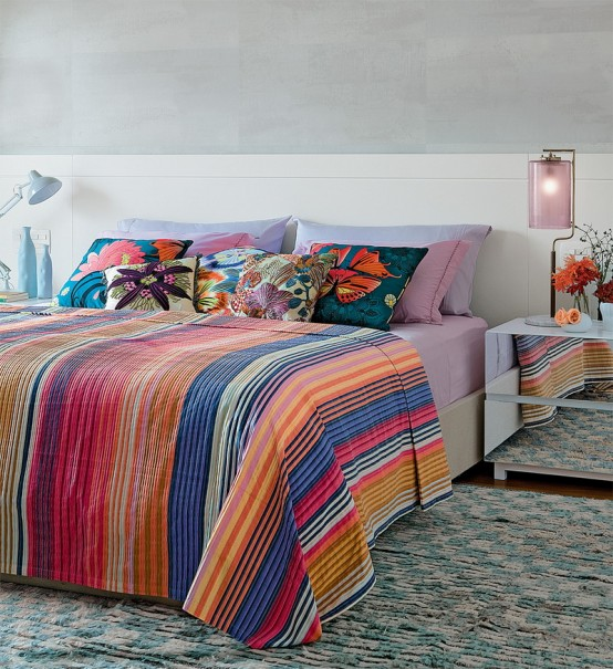 Tropical-Themed Bedroom Design For Those Who Love Bright Colors