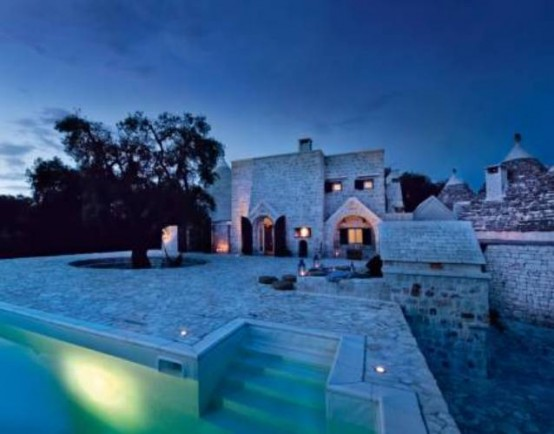 A Castle In The Southern Italy To Spend A Weekend