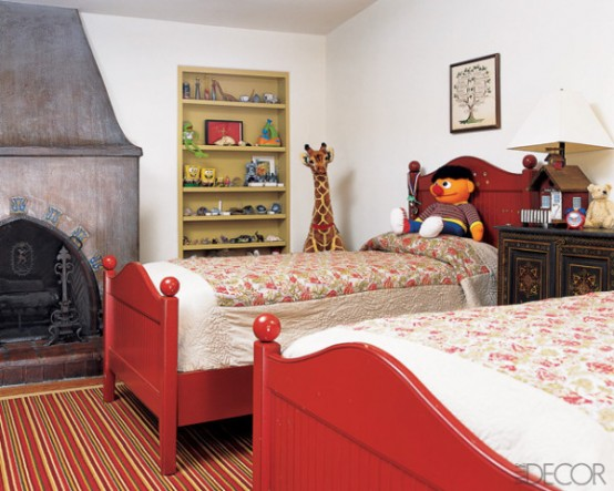 Two Kids Bedroom That Preserves History