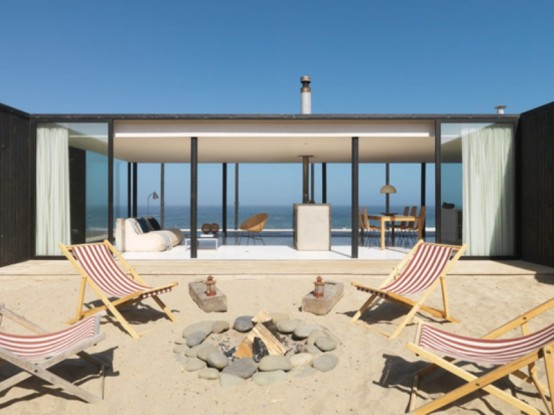 Ultra Minimalist Beach Retreat In Chile
