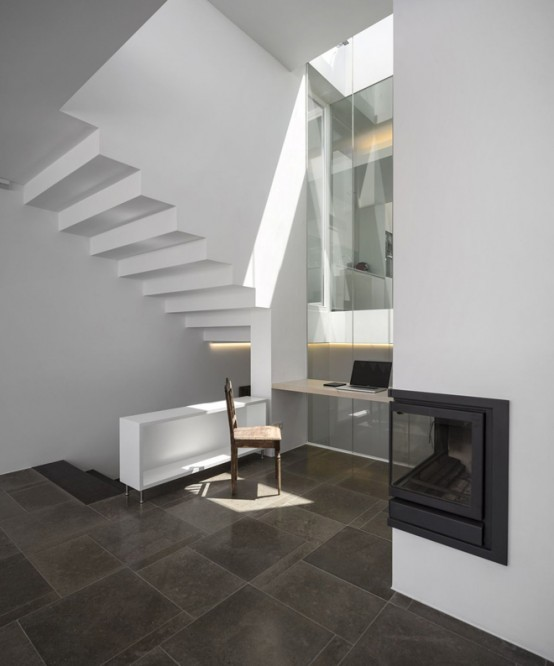Ultra Minimalist House With Living Behind The Walls Concept