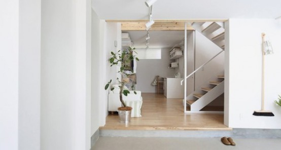Ultra-Minimalist White House On A Narrow Lot - DigsDigs on houses in tokyo japan, narrow house interior design, small apartment building in japan, micro houses in japan, tall skinny building in japan,