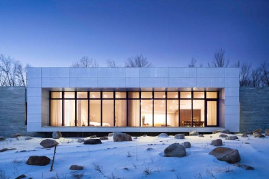 Ultra minimalist white house with picture windows digsdigs for Ultra minimalist house