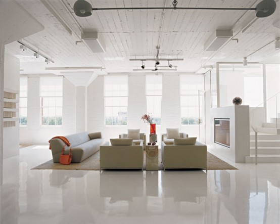 Ultra Minimalist White Apartment Interior Decor