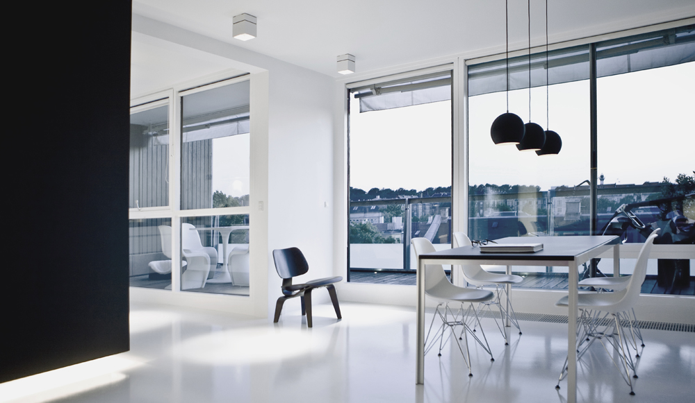 Ultra modern black and white copenhagen penthouse design for Interior design agency copenhagen