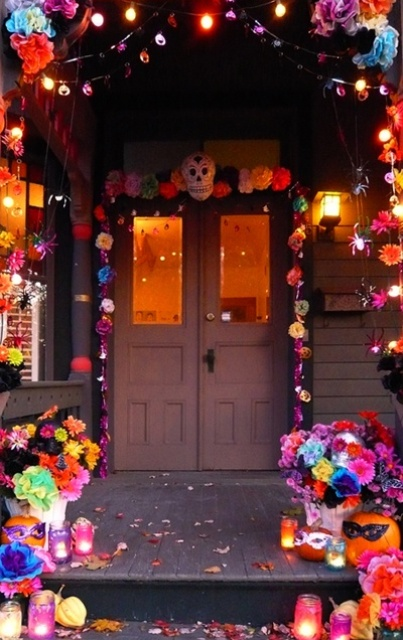 Unexpected Colorful Halloween Decor Ideas