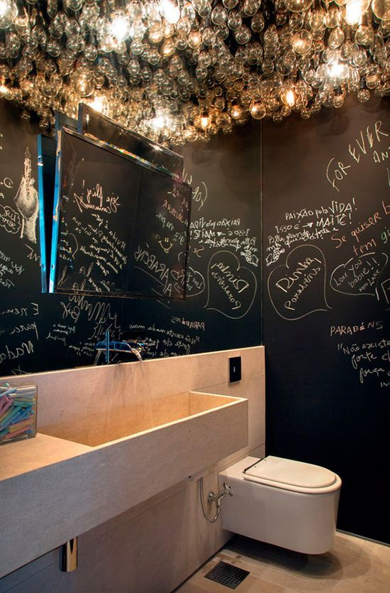 21 unconventional chalkboard bathroom d cor ideas digsdigs for Cool bathroom ideas