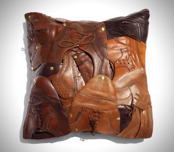 Подушки из кусочков кожи своими руками