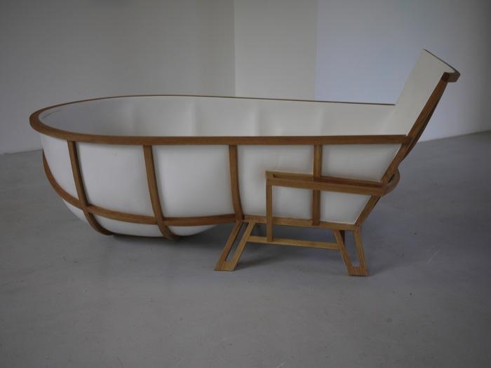 Unusual Bathtub Design