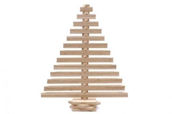 Unusual eco friendly christmas tabletop tree digsdigs for Design tannenbaum holz