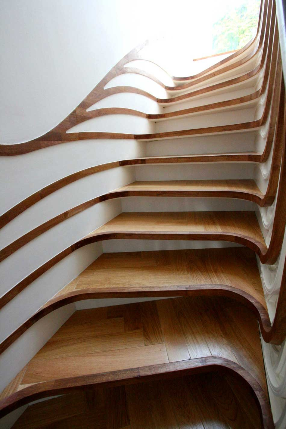 Unusual curved staircase digsdigs for Weird architectural designs