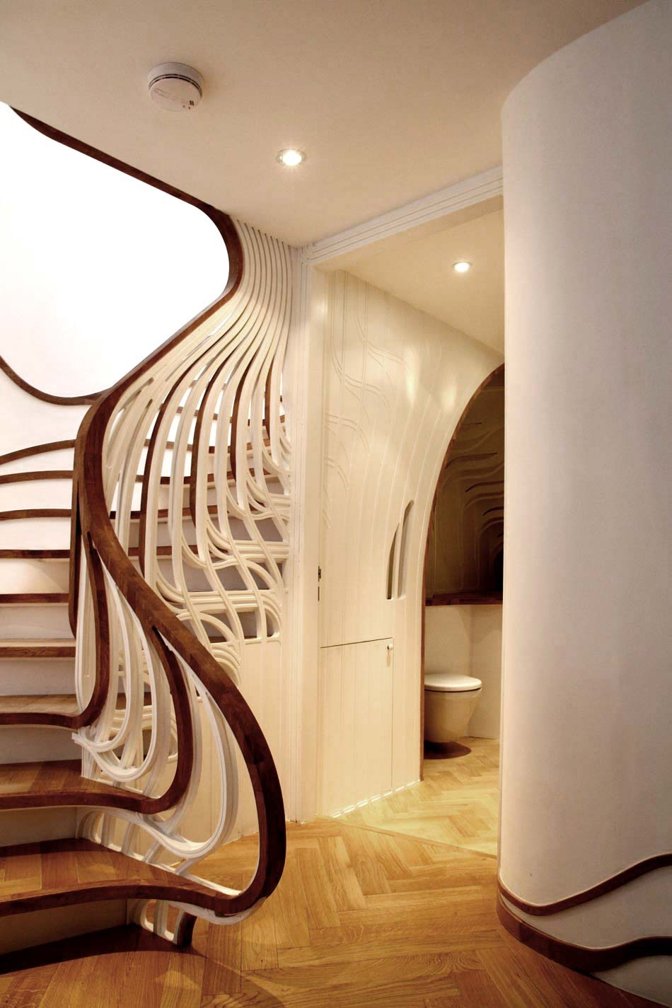 Unusual Curved Staircase DigsDigs