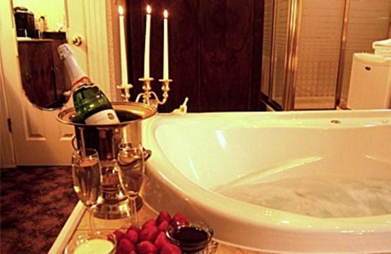 Fancy Valentines Day Bathroom Decor Ideas