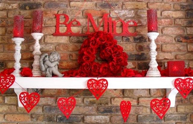 Valentines Day Mantel Decor Ideas