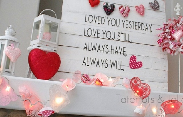 65 valentine s day mantel d cor ideas digsdigs for Room decor ideas for valentines day