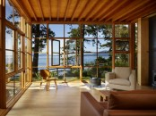 Very Cozy Sunroom With An Awesome View