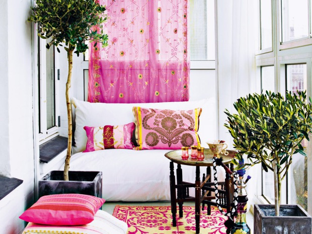 Very Femenine Apartment Interior With Dominant Pink Color