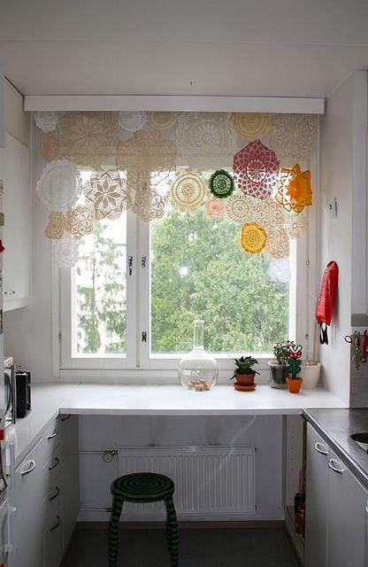 Picture of vintage romance lace home decor ideas for Lace home decor
