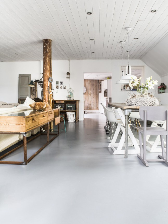 vintage yet modern farmhouse with industrial touches
