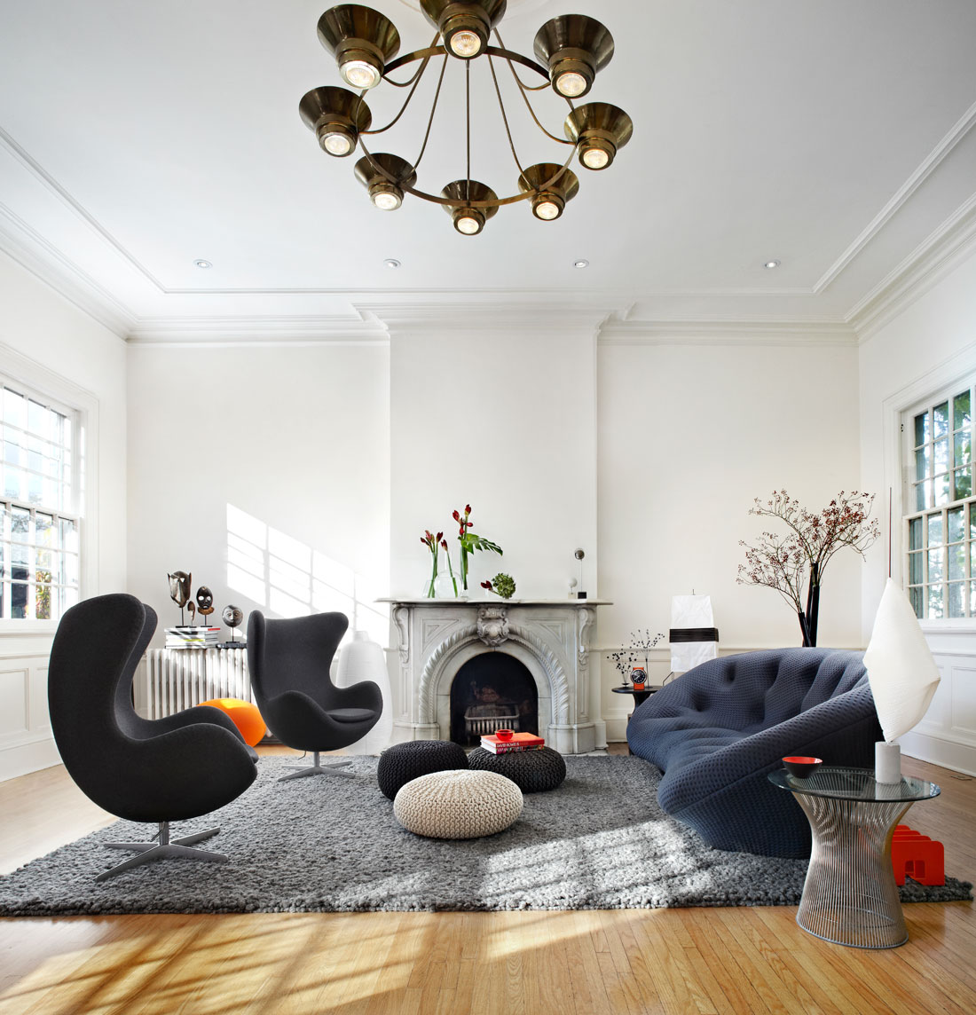 Vivid Home Design With A Strong Personality