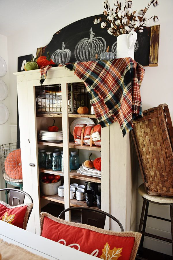 32 Warm And Cozy Plaid D Cor Ideas For Thanksgiving Digsdigs