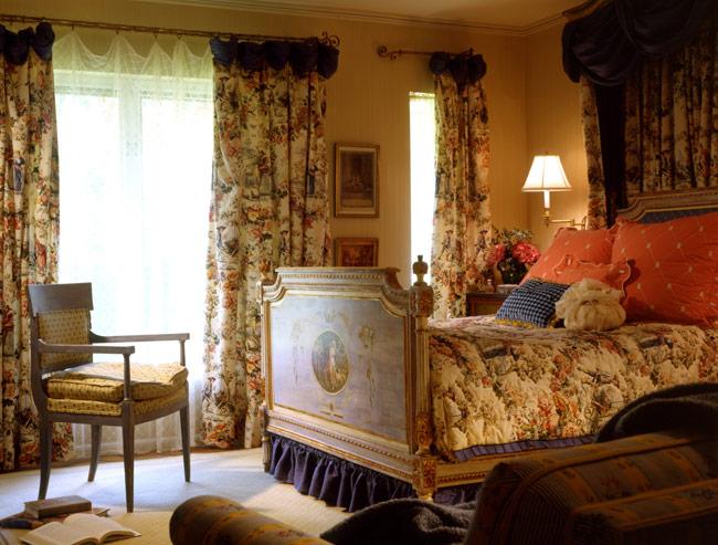 warm bedrooms design   school style  maura taft