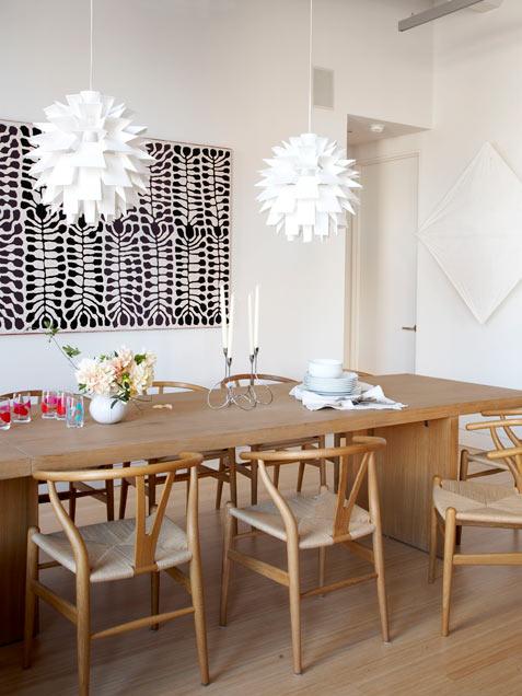 Warm Dining Area Design