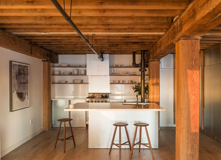 Warm Manhattan Home With An Extensive Wood Use