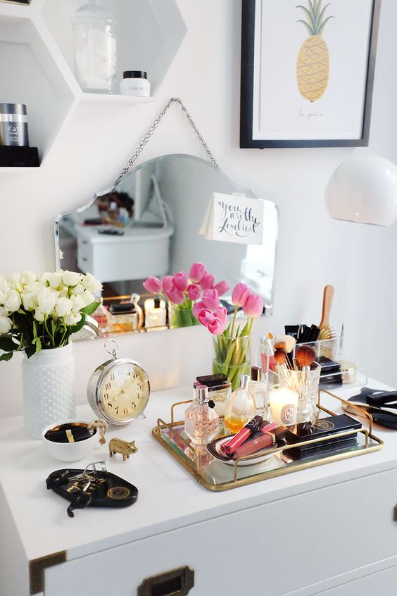 Picture Of ways to organize your makeup and beauty products like a pro  13