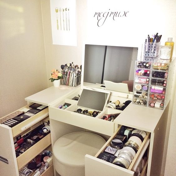 Picture Of ways to organize your makeup and beauty products like a pro  15