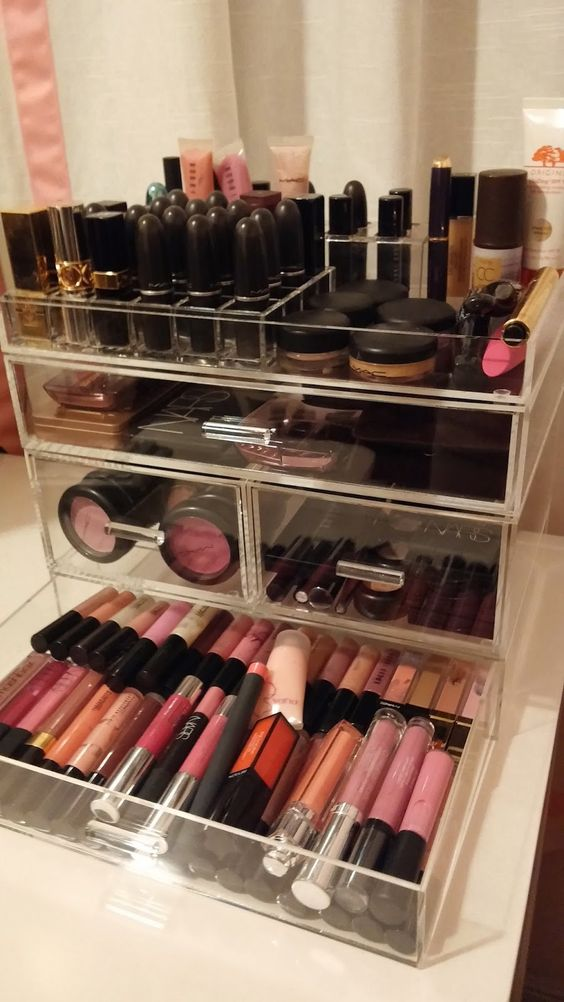 Picture Of ways to organize your makeup and beauty products like a pro  24
