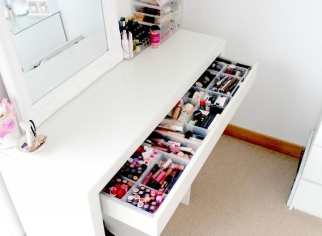 Picture Of ways to organize your makeup and beauty products like a pro  31